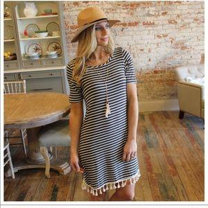 Dresses - Dress with fringe tassel